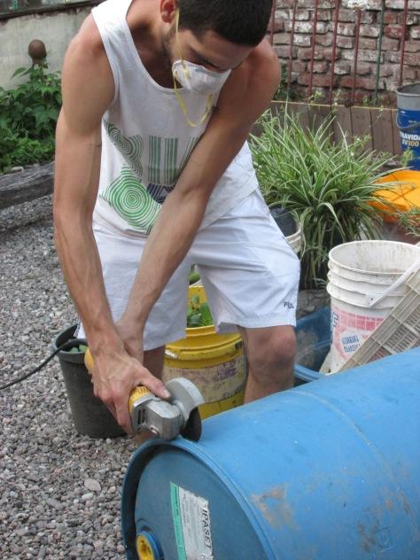 tacho azul - freddy soluciones practicas - casona dada agua -  diciembre 2013 - 03