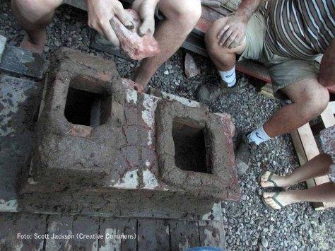 taller de barro - rocket stove revoque - casona dada - 61 -- small
