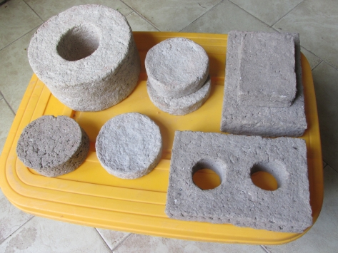 papercrete bricks 05 small