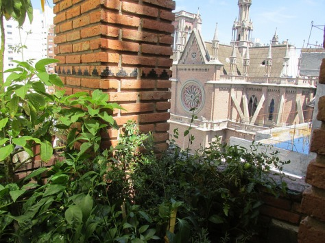 balcon casa del arbol 04