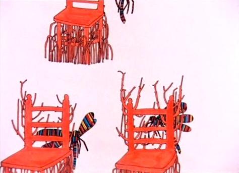 Las libelulas psicodélicas causan sillas de madera a brotar nuevas ramas y raices.